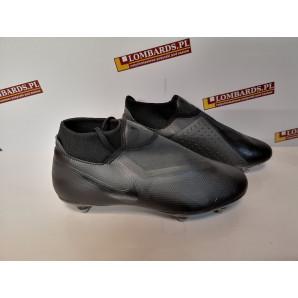 Nowe buty piłkarskie Nike...